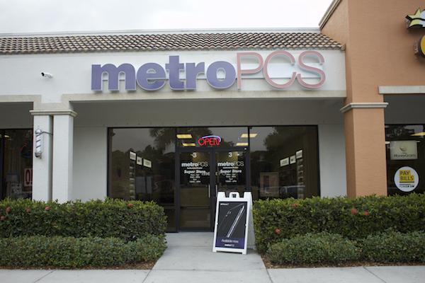 Collier Blvd – MetroPCS Naples | The Phone Store USA